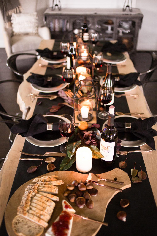 @tarynwhiteaker_designs's cover photo for 'Moody Thanksgiving Tablescape - Taryn Whiteaker'