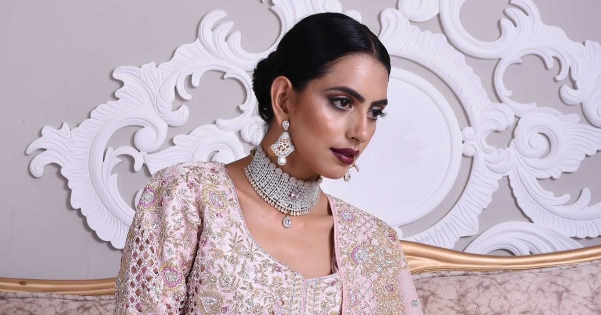 @anhadofficial's cover photo for 'Designer Wedding Dresses 2019-2020 For Beautiful Brides'
