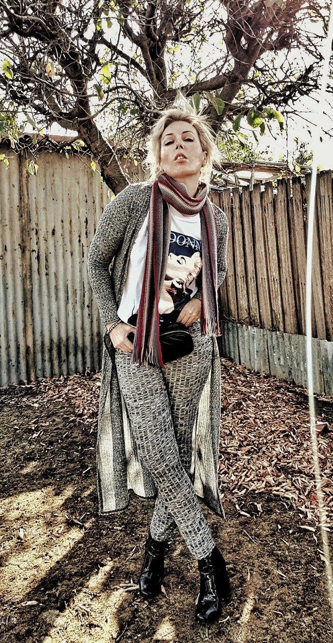 @stylebysusana's cover photo for 'You've Been Warmed / Knitwear Tips - Style & Life by Susana'