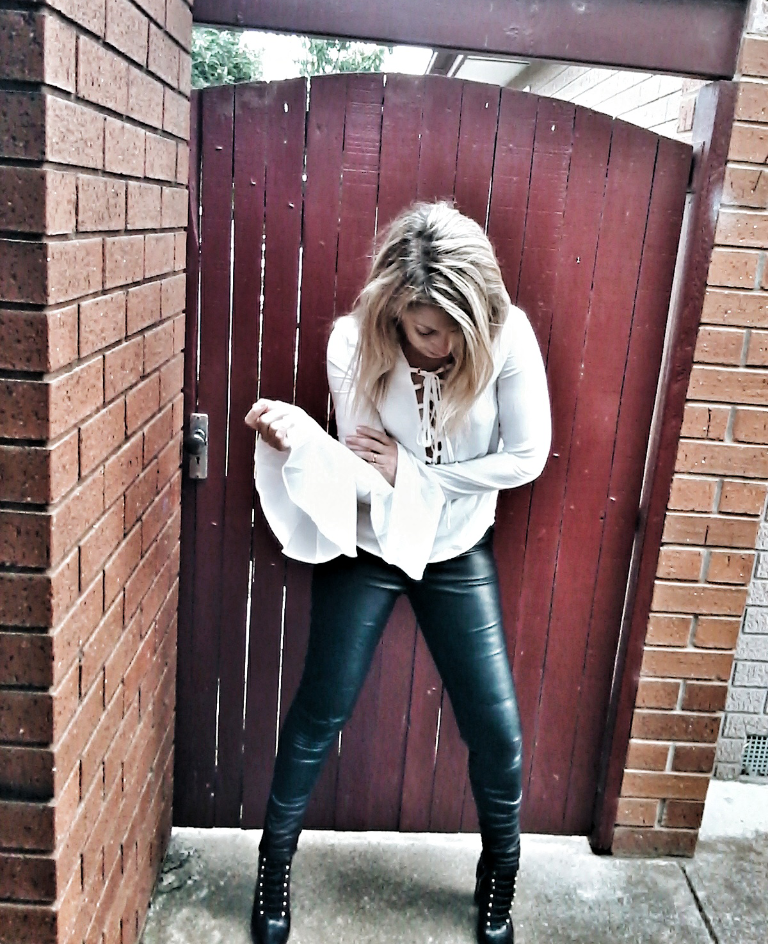 @stylebysusana's cover photo for 'WHAT I'M WEARING TODAY - BELL SLEEVE BLOUSE - Style & Life by Susana'