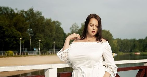 @digital_keyur's cover photo for 'Plus size fashion ideas for curvy women to look gorgeous on various occasions'