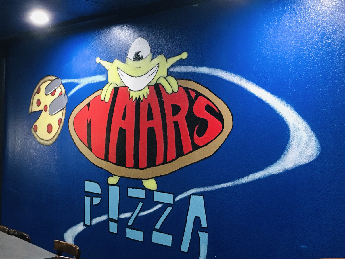@basic_geek's cover photo for 'Maar's Pizza & More'