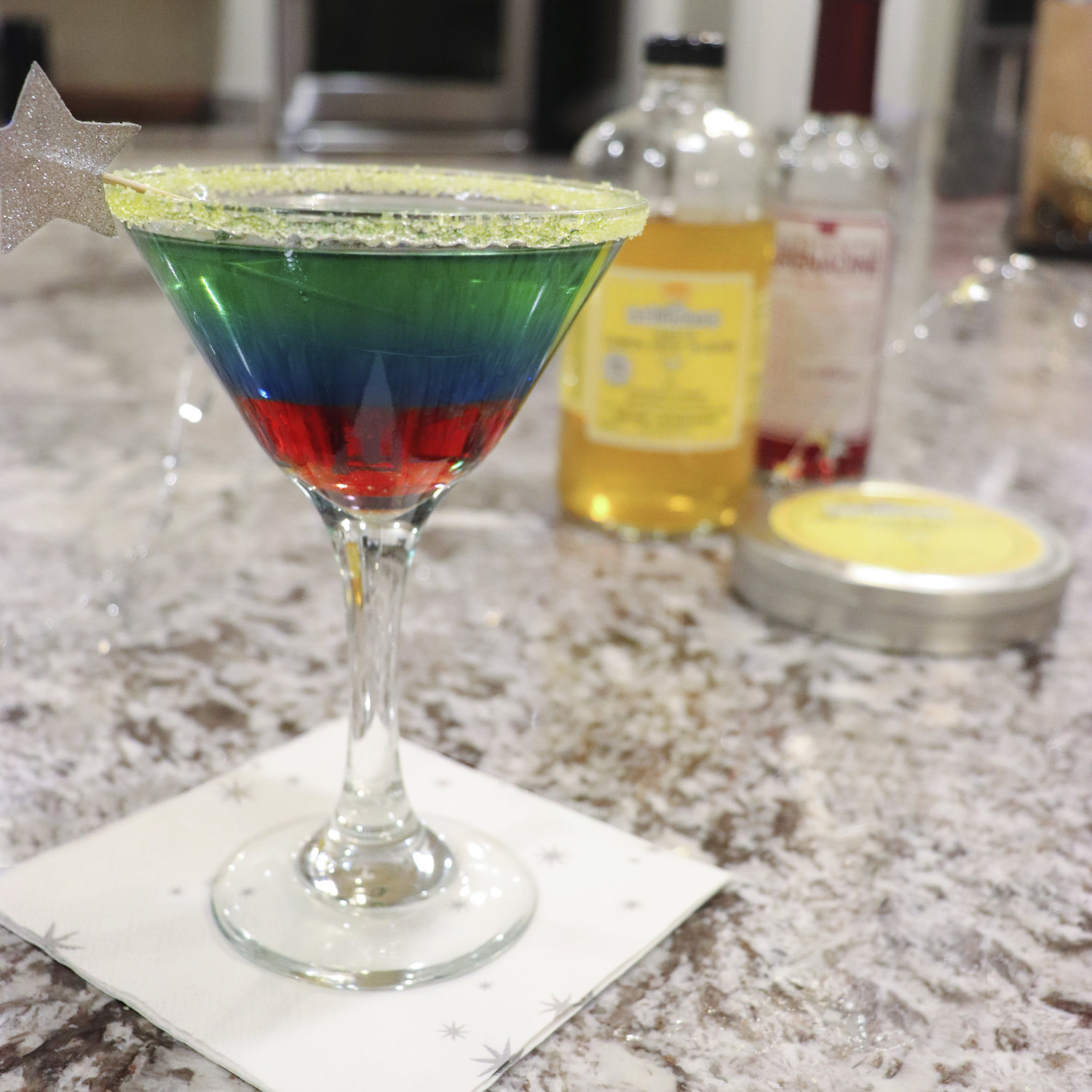@thedisneydinks's cover photo for 'Disney's Aladdin Themed Cocktail Recipe: Magical 3 Wishes Genie-tini'