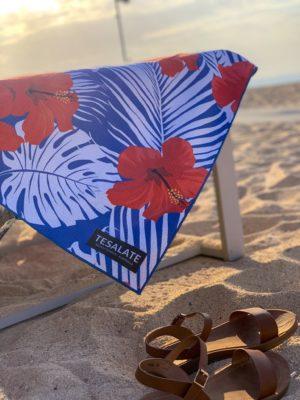 @_nicoletakesflight's cover photo for 'Tesalate Sand Free Towel - Nicole Takes Flight'