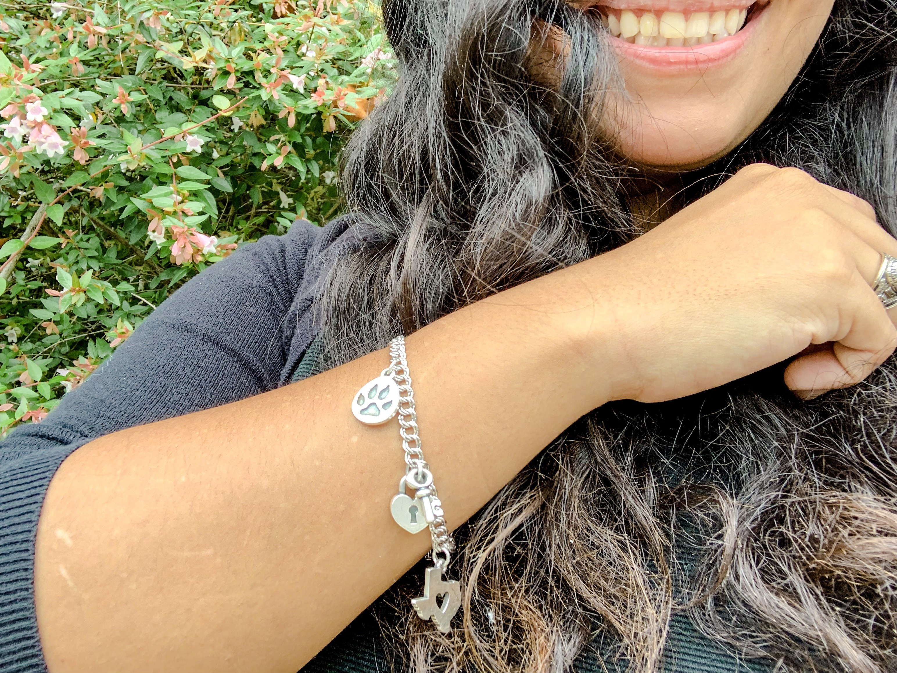 @thenuevalatina's cover photo for 'Keeping Memories with James Avery - The Nueva Latina'