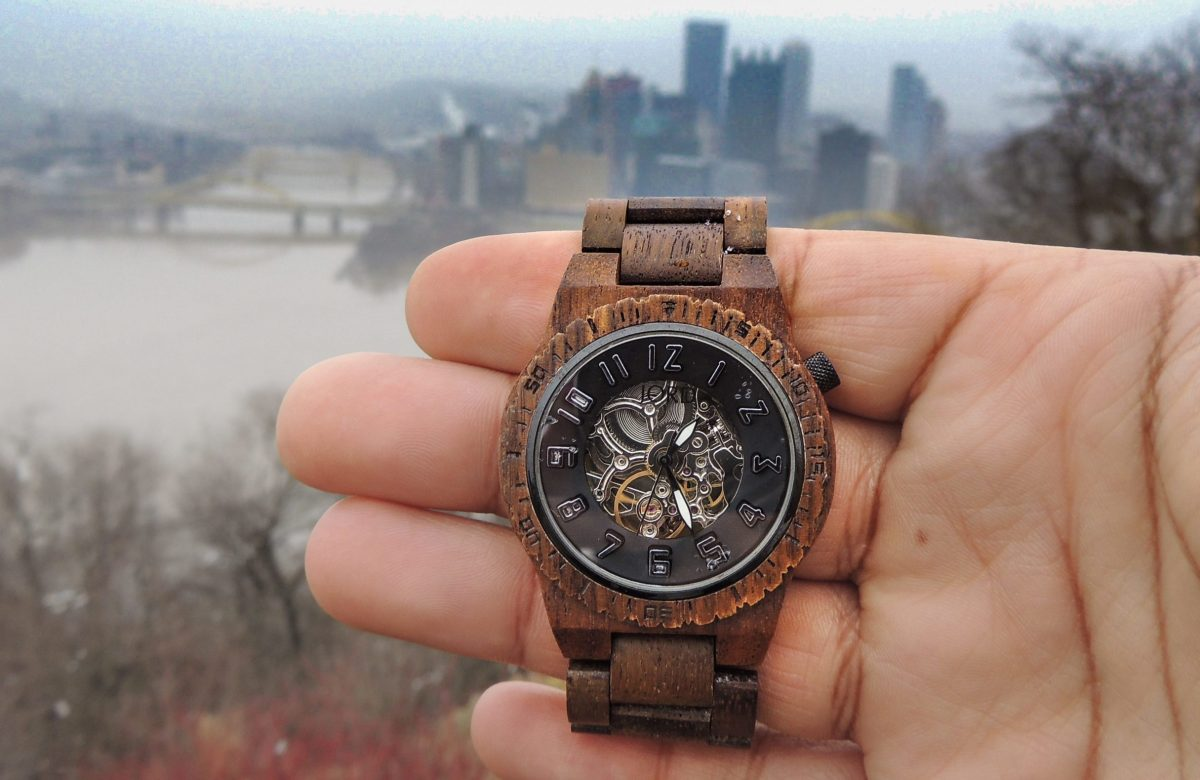 @besthombre's cover photo for 'WOOD WATCHES'