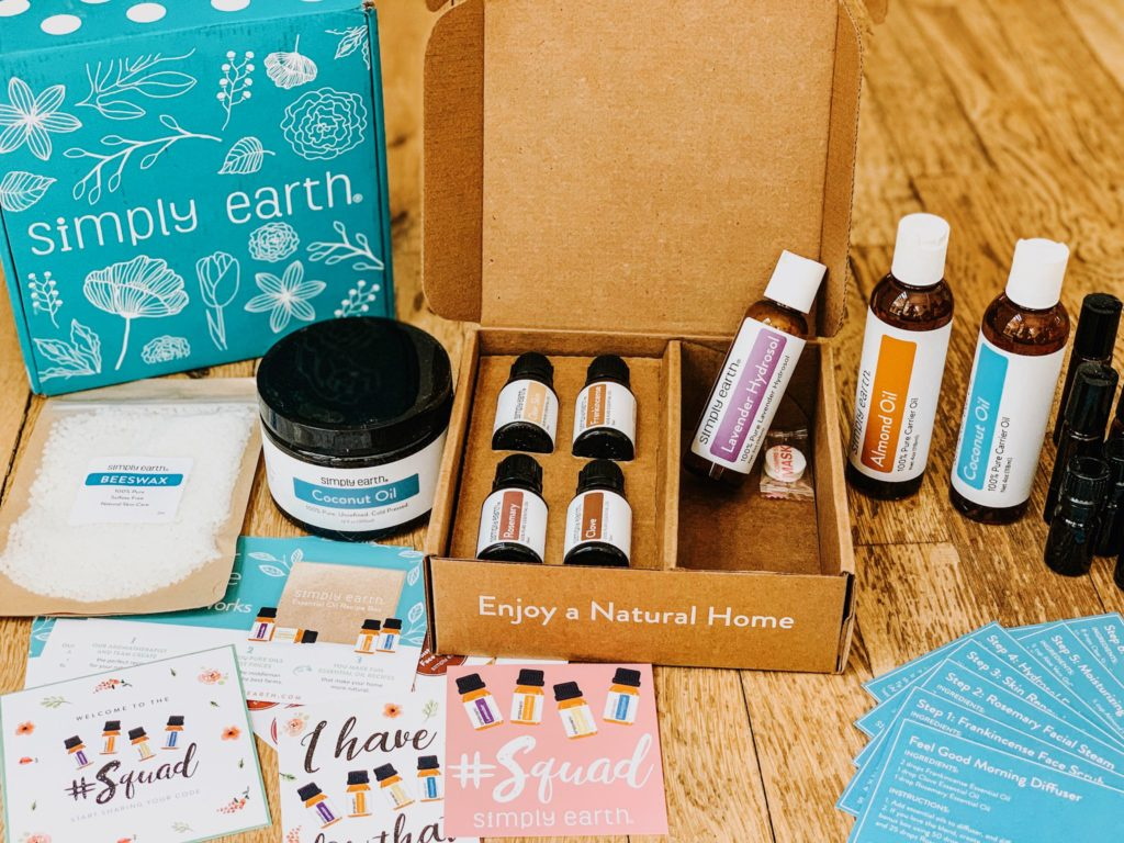 @mindfulmamahealth's cover photo for 'Simply Earth August Box Review -'