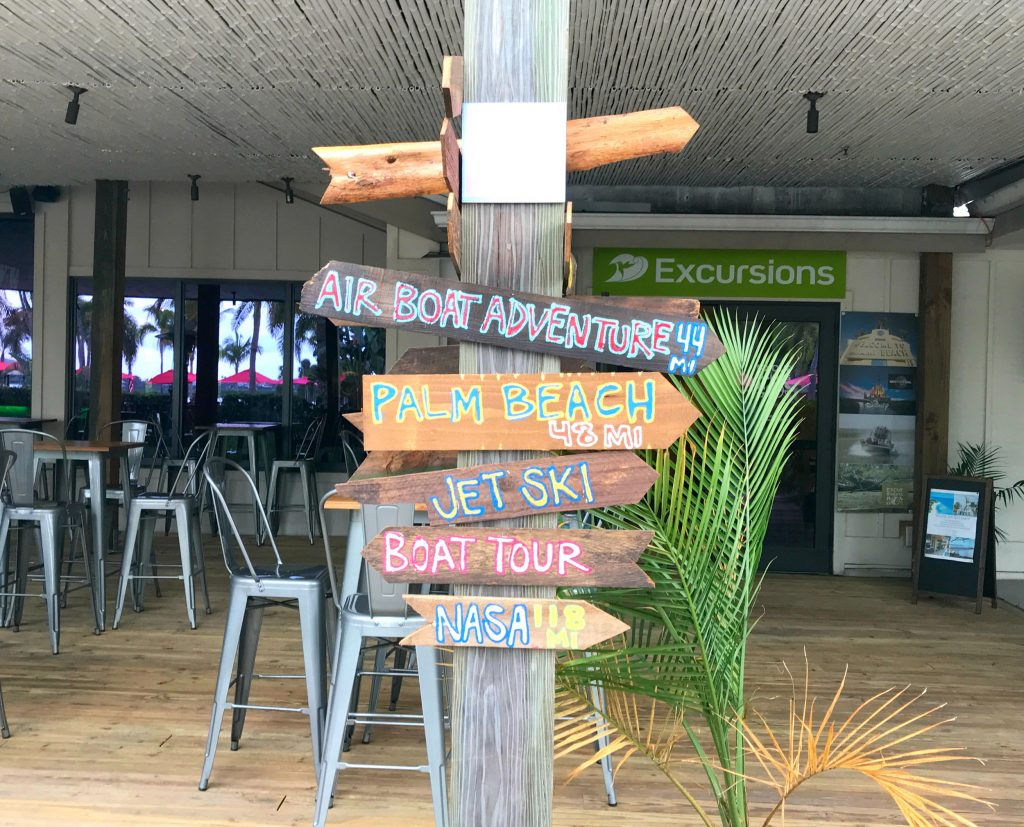 @mommyhoodlife's cover photo for '5 Reasons Club Med Sandpiper Bay is a Family Vacation Paradise'