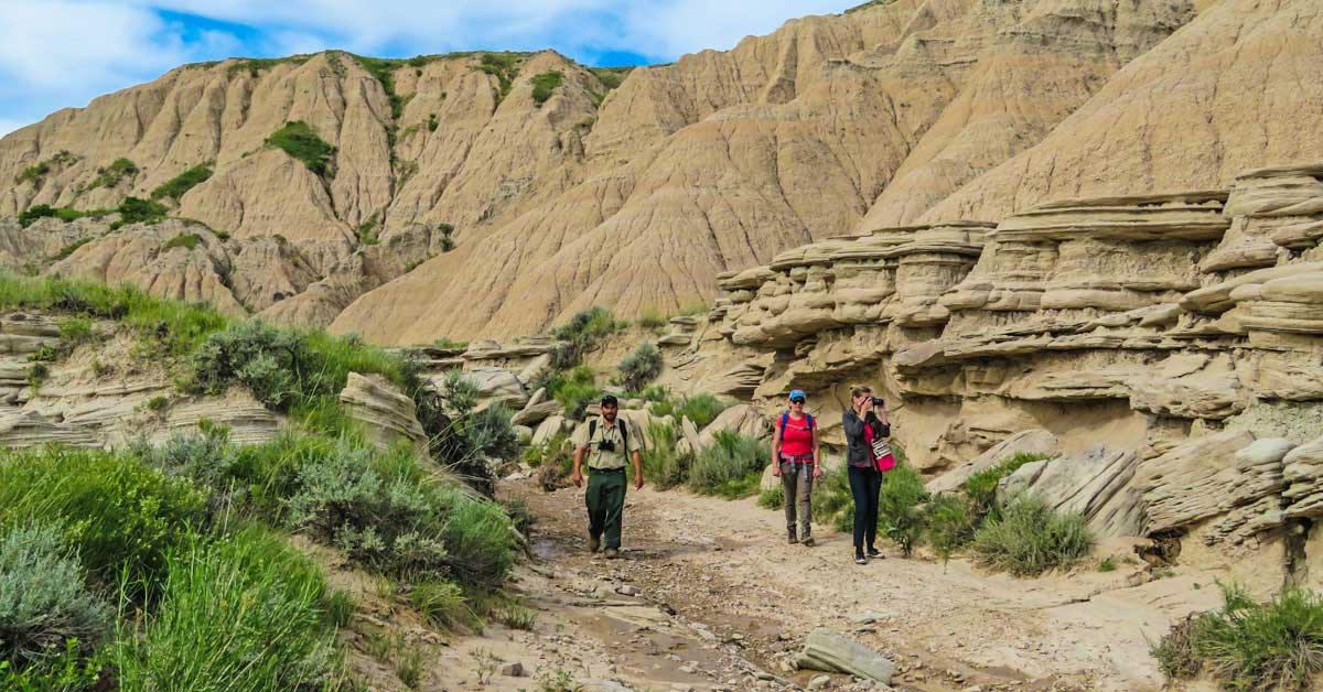 @guide2travel.ca's cover photo for 'Hike the Amazing Toadstool Geologic Park in Nebraska!'