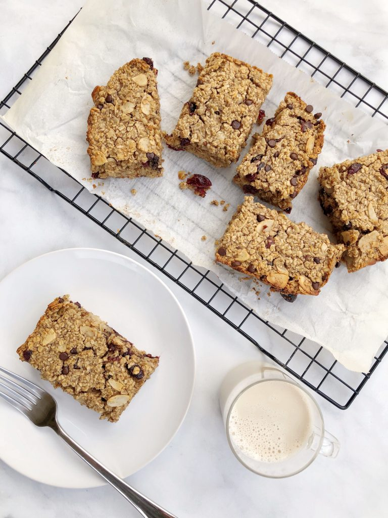 @theurbenlife's cover photo for 'Dairy-Free Baked Oatmeal Bars | The Urben Life'