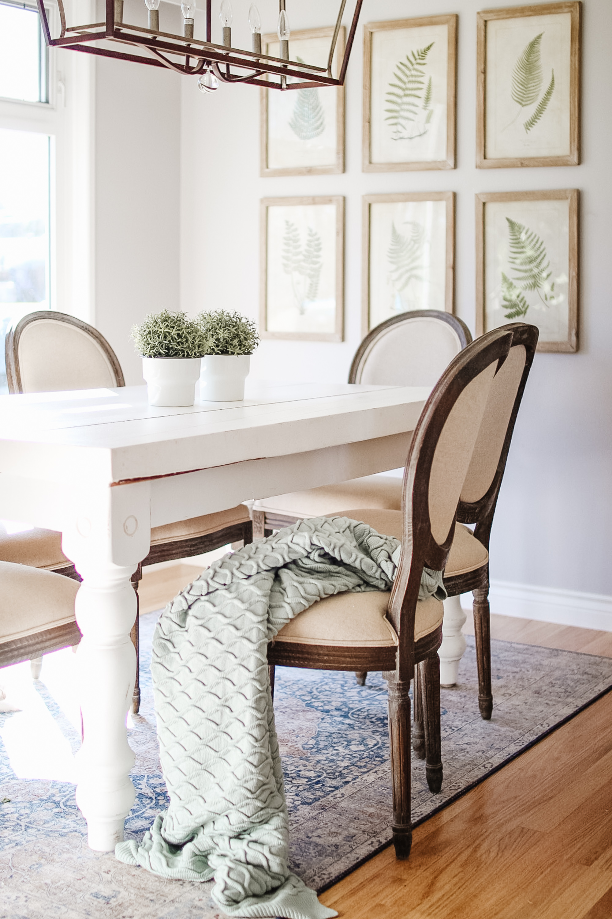@jessicasaramorris's cover photo for 'A Mini Revamp In The Dining Room & Living Room'