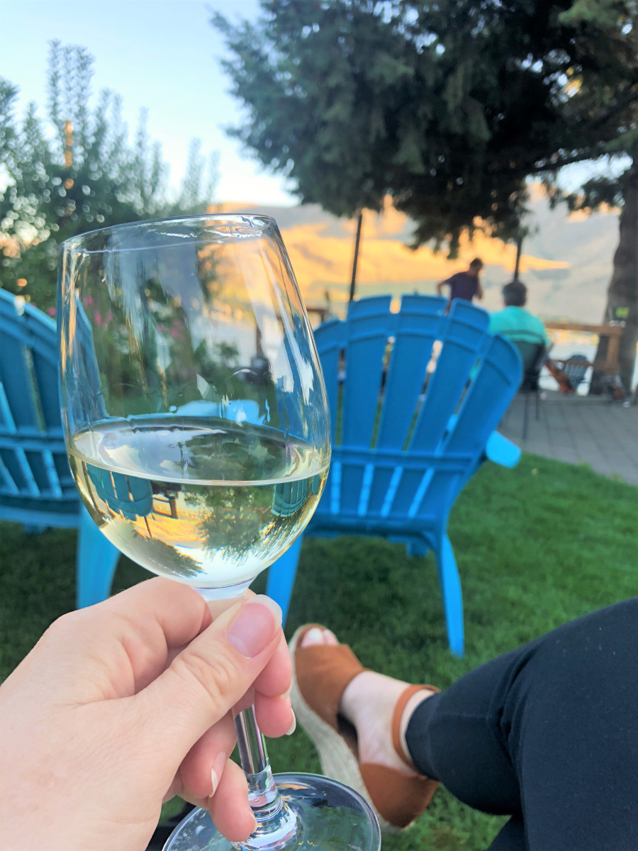 @abbeyco.seattle's cover photo for 'A Visit to Vin du Lac Winery & Bistro, Lake Chelan'