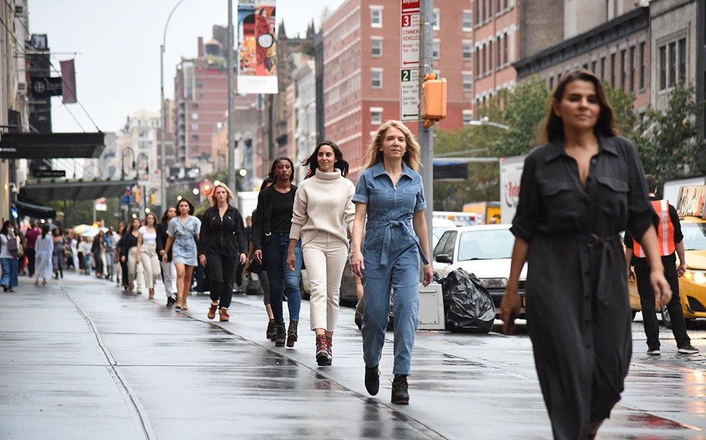 @alleygirl's cover photo for 'Walking in the Runway: Sorel Mile Long Runway ~ Fashion Meets Technology'