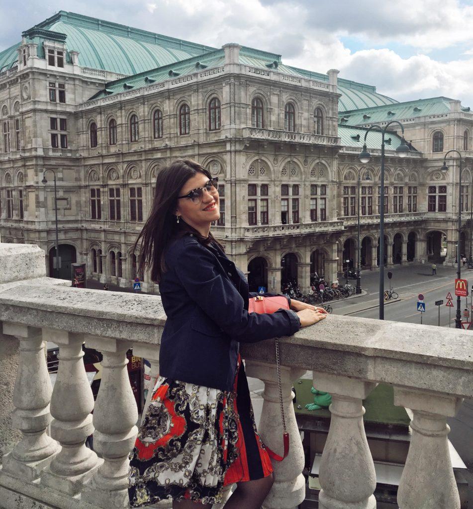 @bambolai's cover photo for 'Vienna Fashion Autumn Days Through My Eyes - BambolaI'