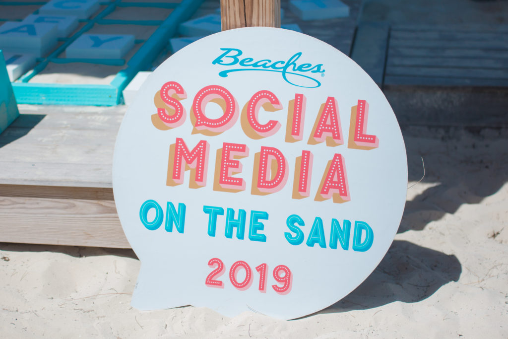 @thematernalhobbyist's cover photo for 'WHAT IS SOCIAL MEDIA ON THE SAND? – thematernalhobbyist.com'