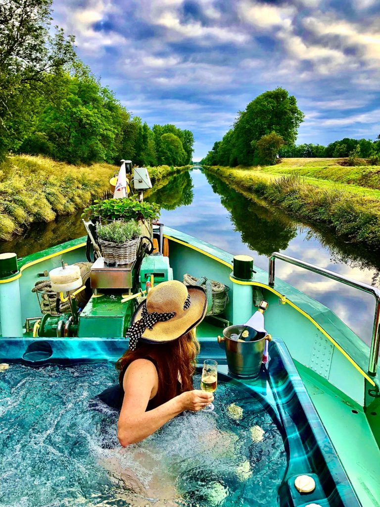 @spatravelgal's cover photo for 'Spa Travel Gal A french canal cruise onboard the La Nouvelle Etoile'