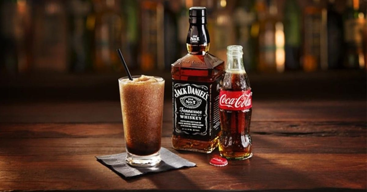 @slushiemachineguide's cover photo for 'Jack and Coke Slushie Recipe | Jack Daniels Slush!'