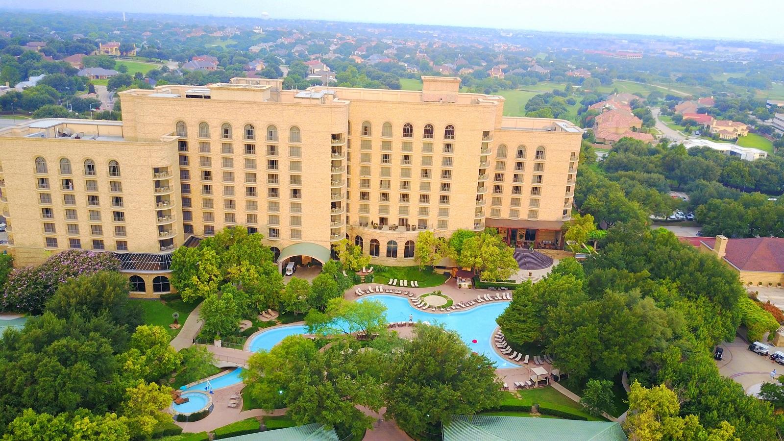@bonbonmontero's cover photo for 'Celebration Staycation - Four Seasons Resort & Club Dallas at Las Colinas > Bon-Bon Voyage'
