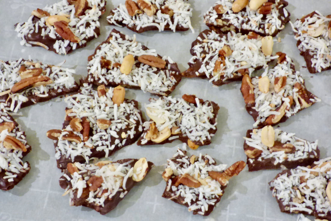 @whatsbakingbabycakes's cover photo for 'Dark Chocolate Coconut Pecan Bark'