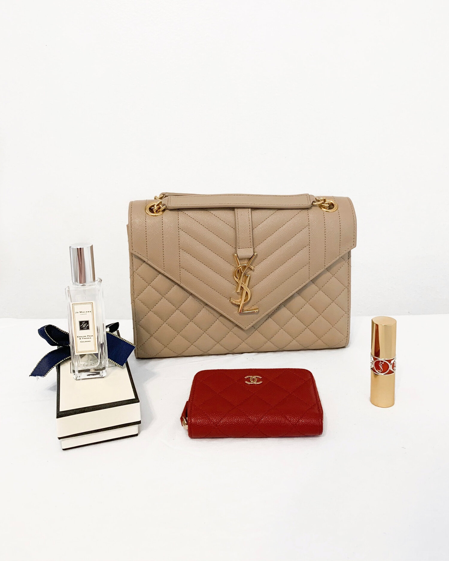 @emthaw's cover photo for 'YSL Envelope Medium Bag Wear and Tear Update  — EMTHAW'