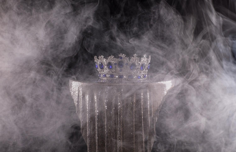 "@cannacatwalkfashion's cover photo for 'Cannabis Transformed Ana Izquierdo Into ""La Reina de Mota""'"