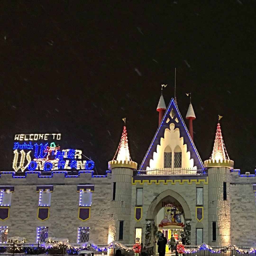 @funfitnessfam's cover photo for 'Why I Love to Visit Dutch Wonderland at Christmas'