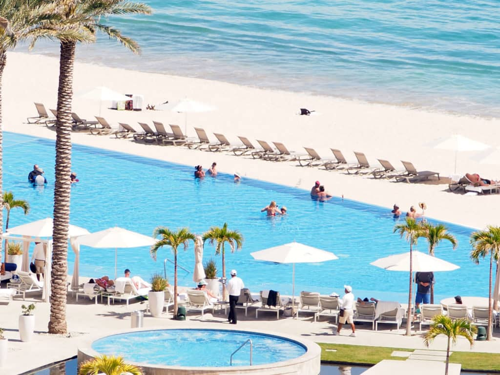 @travelswithtam's cover photo for 'Le Blanc Spa Resort is one of the Best All Inclusive Resorts in Cabo!'