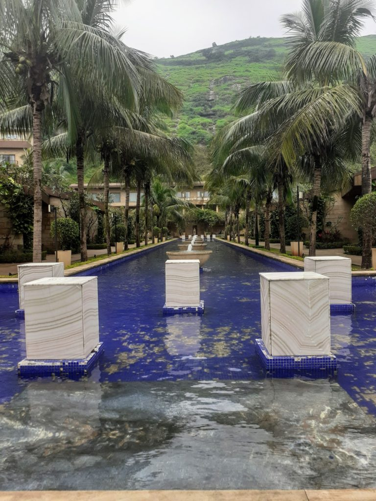 @bulbulonthewing's cover photo for 'Della Resorts (Lonavala, India) - To travel is to live!'