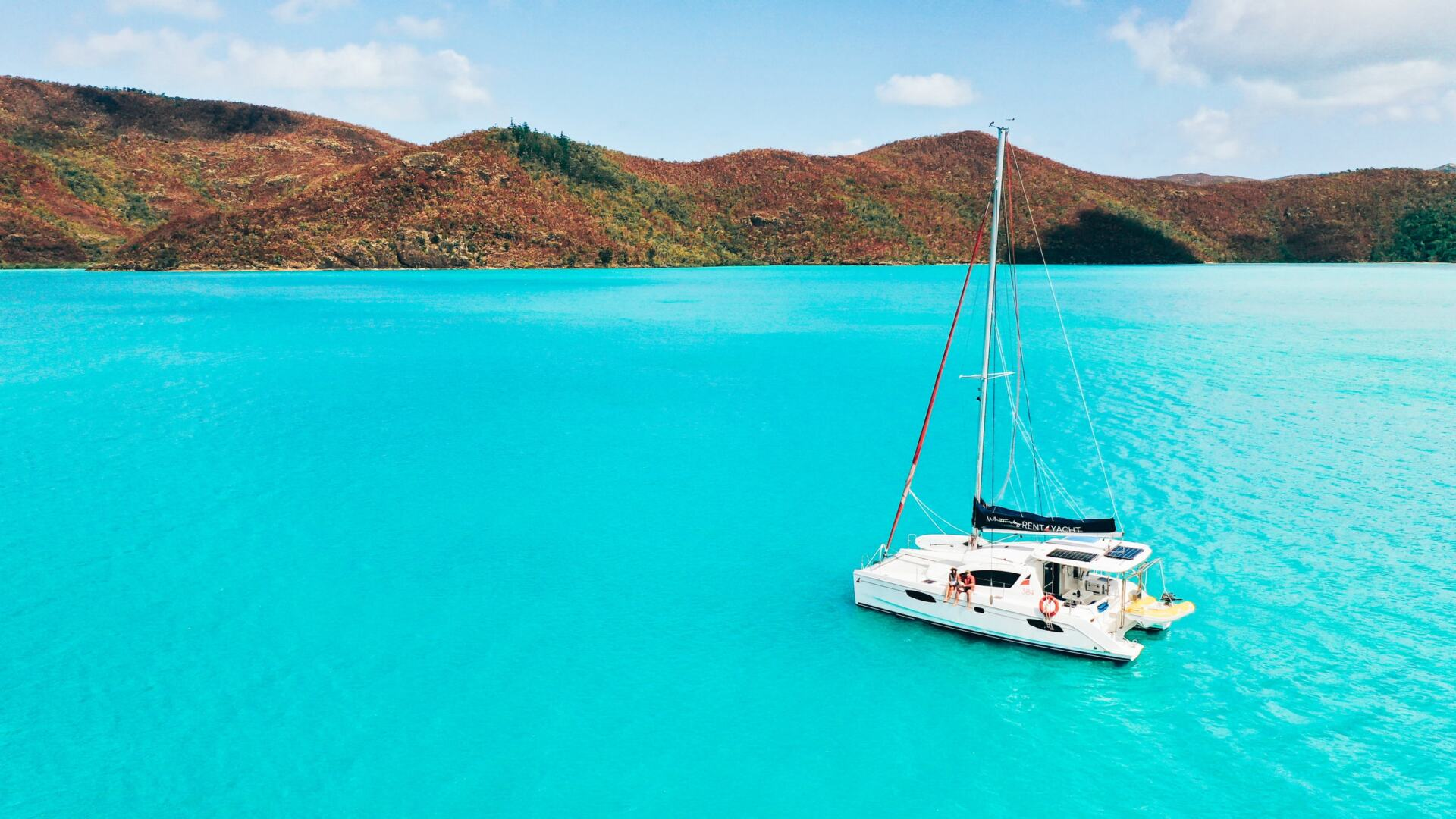 @exploreshaw's cover photo for 'The Ultimate Itinerary for Bareboating in the Whitsundays | Explore Shaw'