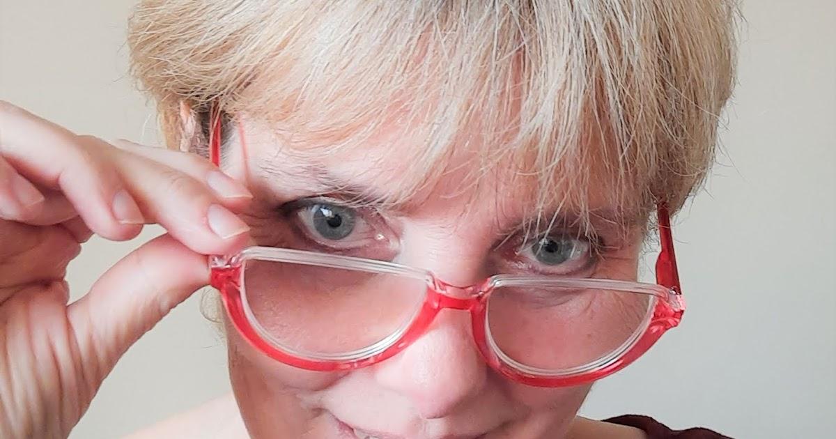 @seadbeady's cover photo for 'Where to Buy Eyeglasses Online - EYEKEEPER - Online Blue Light Blocking Reading Glasses Expert'