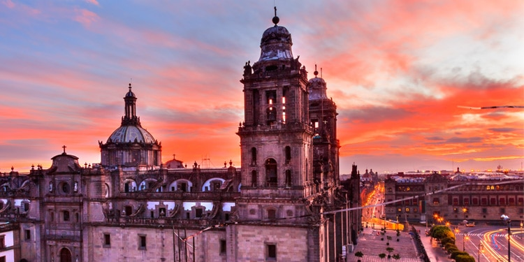 @travellemming's cover photo for 'Traveling to Mexico? 19 Tips You Need [for 2021] - Travel Lemming'