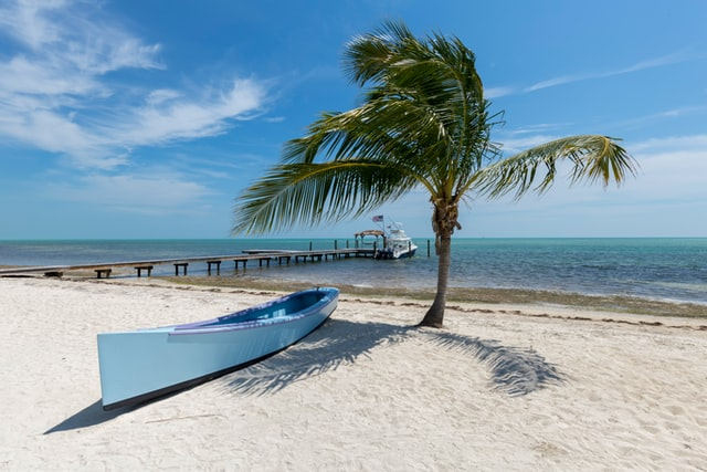 @travelswithtam's cover photo for 'Take a look at these Fantastic Hotel Options in the Florida Keys! | TRAVELS WITH TAM'