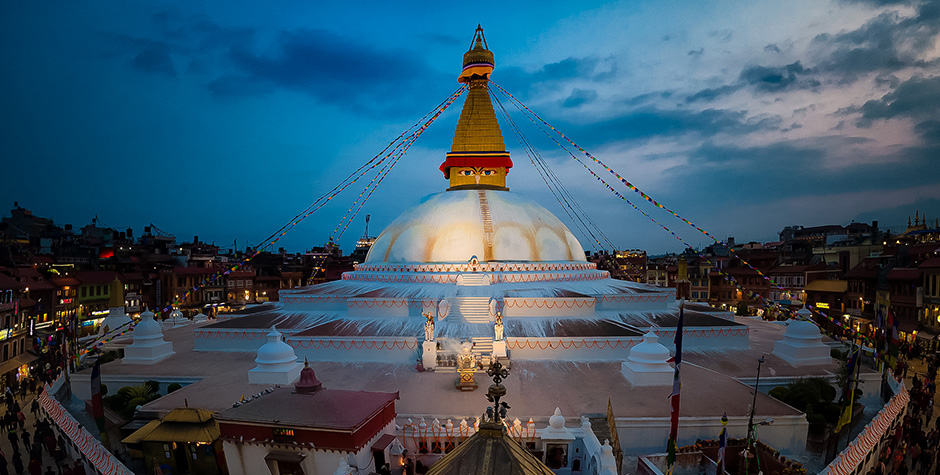 @lamamanitours's cover photo for 'Gateway Cities to Tibet'