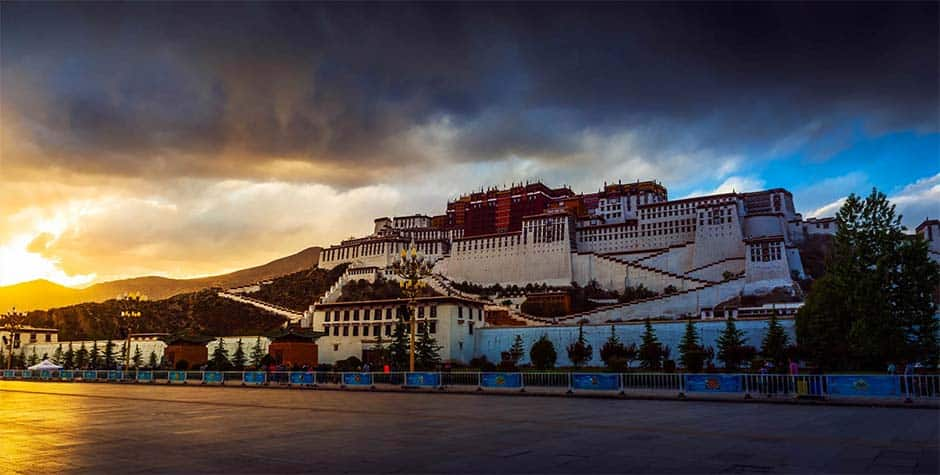 @itibettravel's cover photo for 'Lhasa Travel Guide'