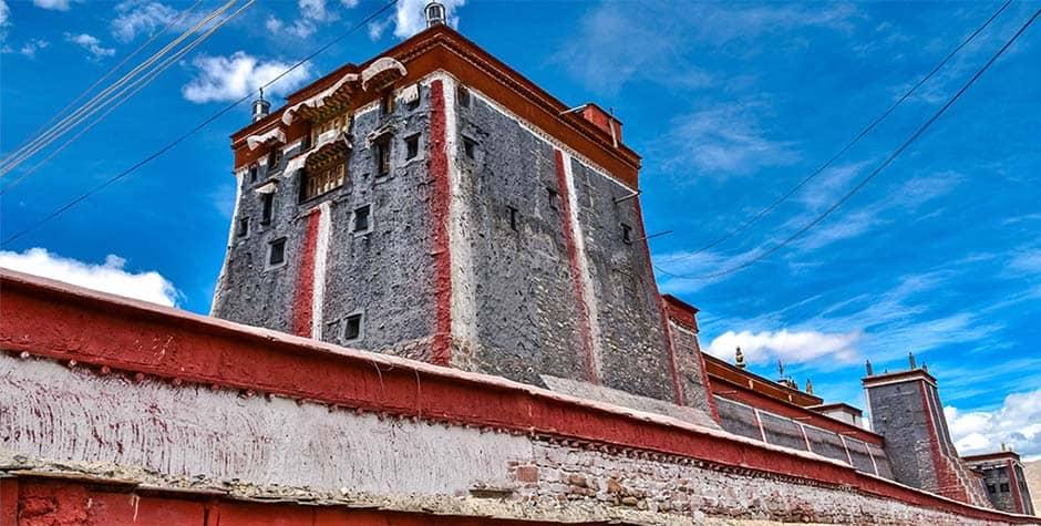 @itibettravel's cover photo for 'Sakya monastery ས་སྐྱ་དགོན་པ།'