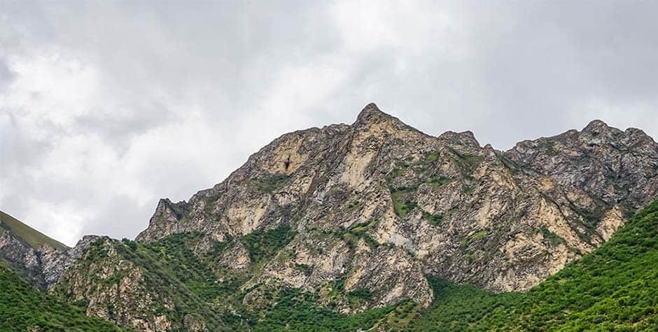 @itibettravel's cover photo for 'Drak Yangdzong and Dzong Kumbum'