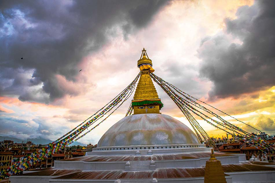 @nomadictibet's cover photo for 'Nepal to Tibet Travel Guide'
