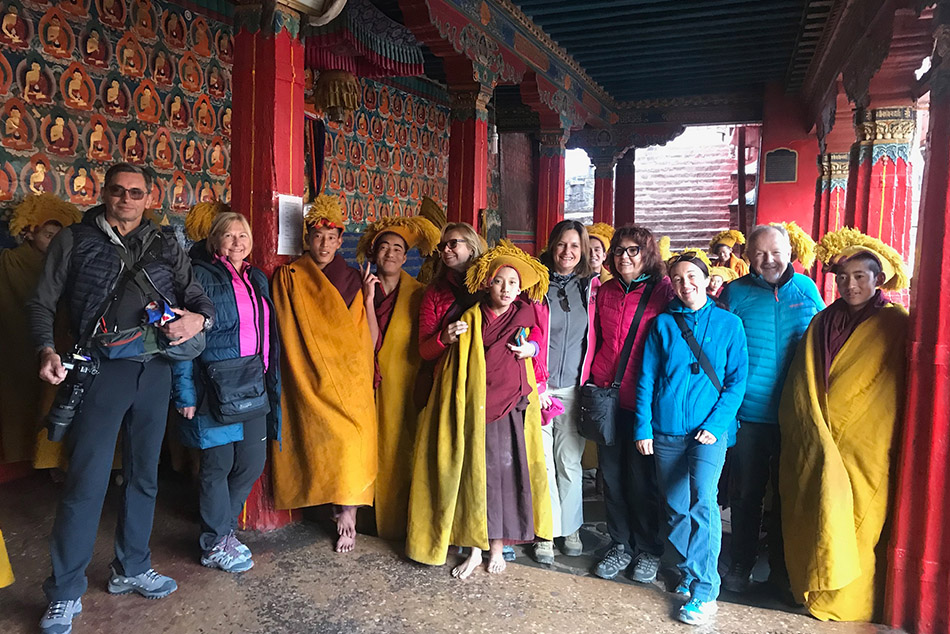 @nomadictibet's cover photo for 'Chinese Visa for visiting Tibet'