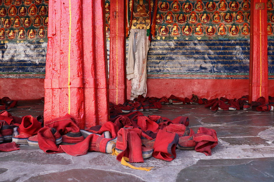 @nomadictibet's cover photo for 'Getting A Tibet travel Permit'