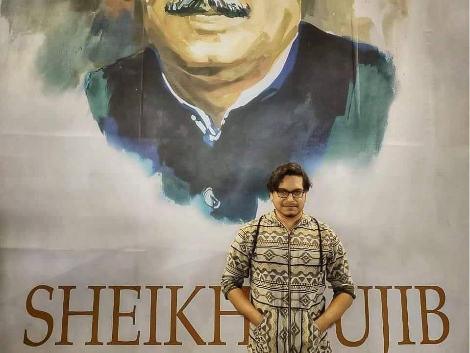 @mdsaidulislam's cover photo for 'Md Saidul Islam, A Painter Who Has been Working Tirelessly To Spread Bangabandhu's Ideology | Arts & Culture | NewsBreak'
